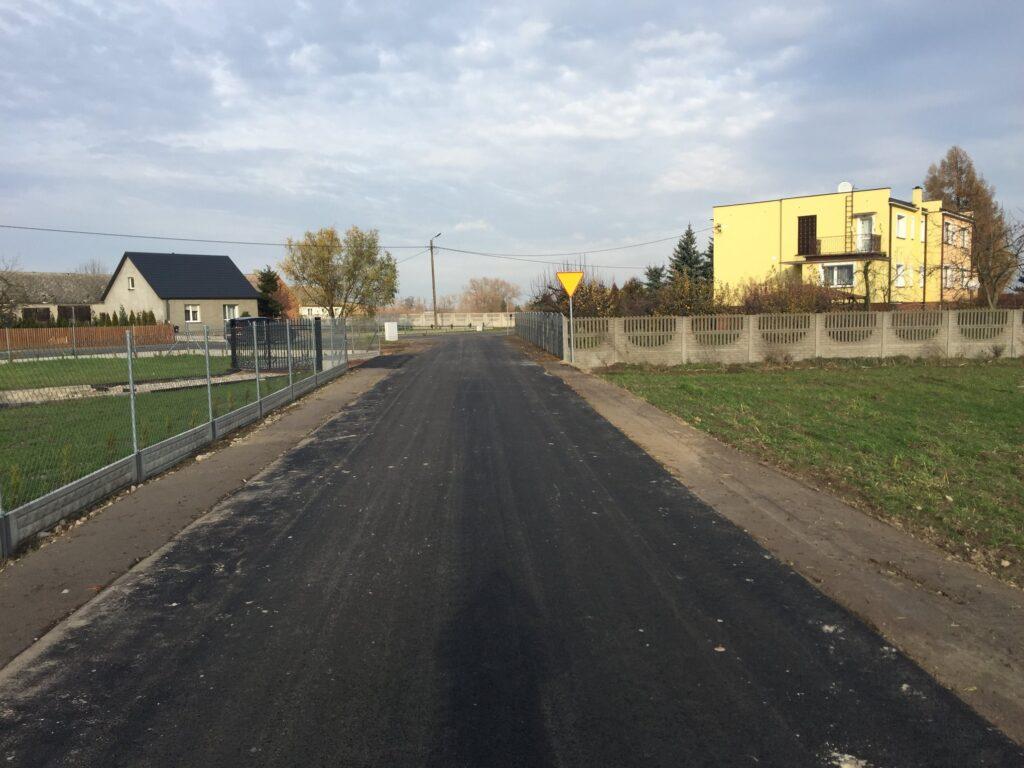 Nowa droga w Kozarzewie