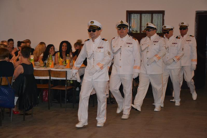 Z dziennika marynarza : Dzień kobiet w Kozarzewku