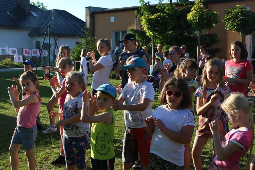 Podwójne świętowanie w Bielawach: Dzień Dziecka i Dzień Strażaka